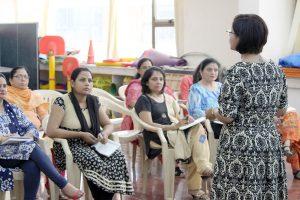 Delivering-Program-on-Efffective-Communication